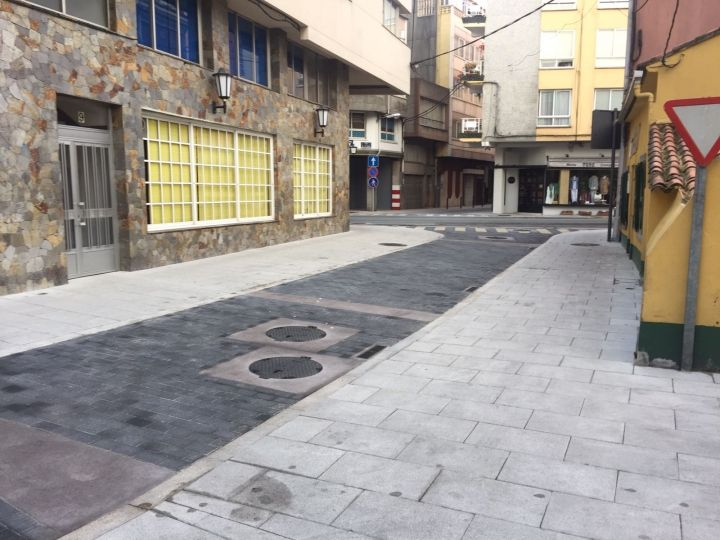 Renovación de redes y pavimentaciones en la calle del Río y en la 1ª travesía de la calle obra.