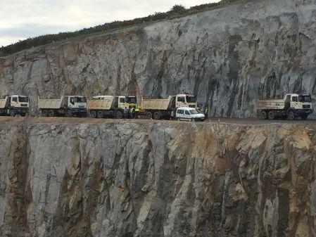 Camión dumper 3 ejes pruebas de carga